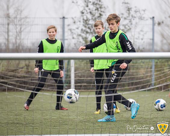 2021-02-06 VV Kloetinge JO14-1 training