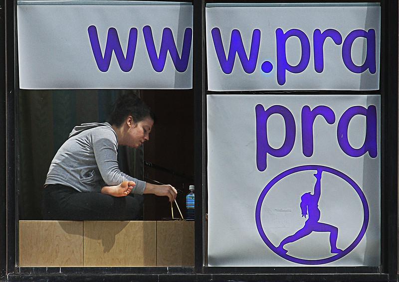 www.yogaPRA.jpg