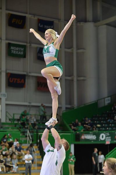 cheerleaders7027.jpg