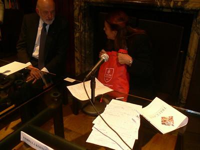 Oct 15 Tue 2013 ITALIAN INSTITUTE PANEL ON ECONOMIC LITERACY BIBLE