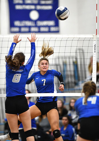 11/1/2019 Mike Orazzi | StaffrBristol Eastern's Zoe Lowe (7) during Friday night's girls volleyball match with Lyman Memorial in Bristol. r