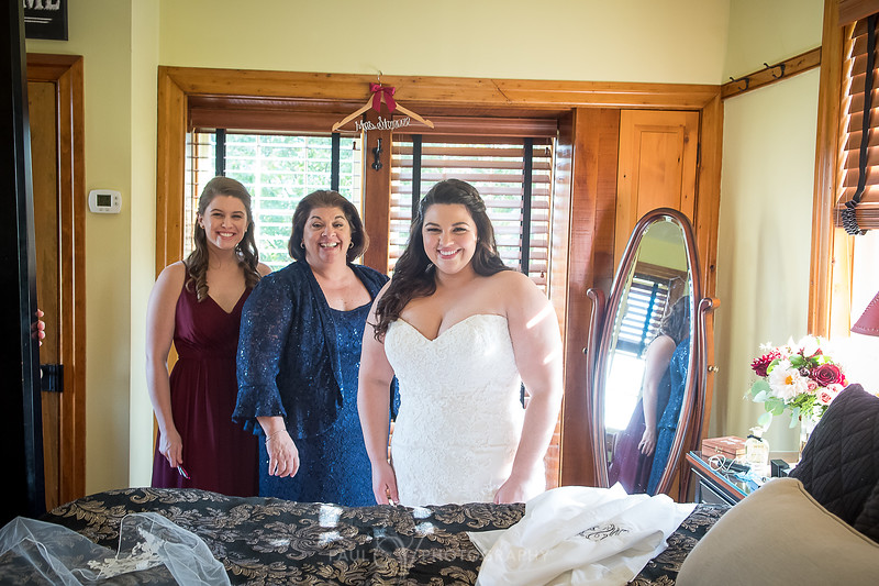 Ironstone Ranch Wedding 150.jpg