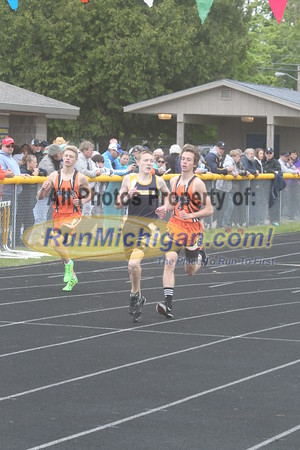 UP Boys' 1600 Meter Run - 2015 MHSAA TF Finals
