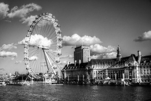 """London Eye, London, United Kingdom<br /> <br /> Google Map: <a href=""""http://goo.gl/maps/w8jVR"""">http://goo.gl/maps/w8jVR</a>"""