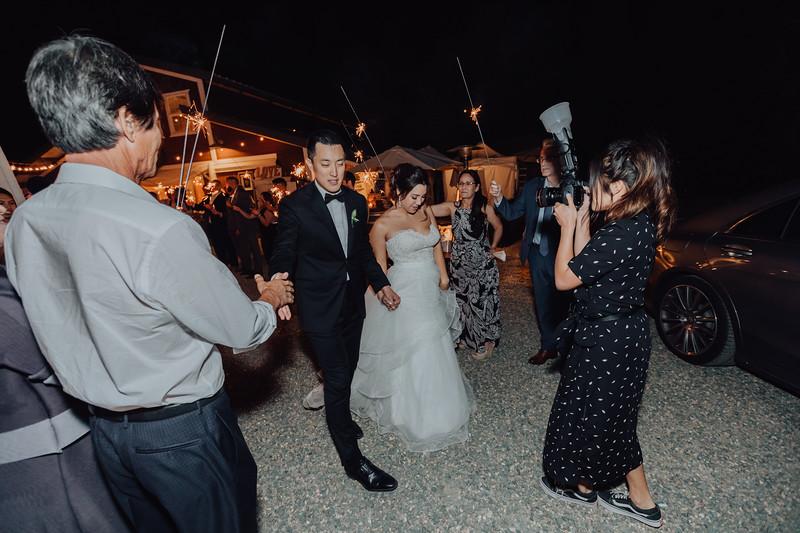 2018-09-22_ROEDER_AlexErin_Wedding_CARD2_0344.jpg