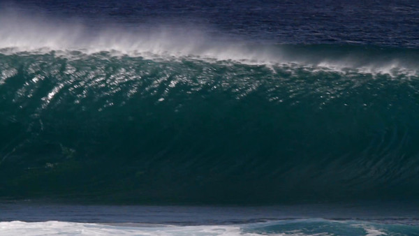 MonsterWaveHD_0429.mov
