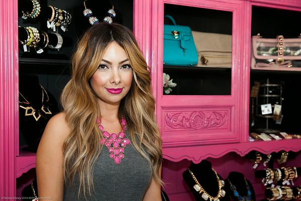 2014-07 Lilyluv Boutique