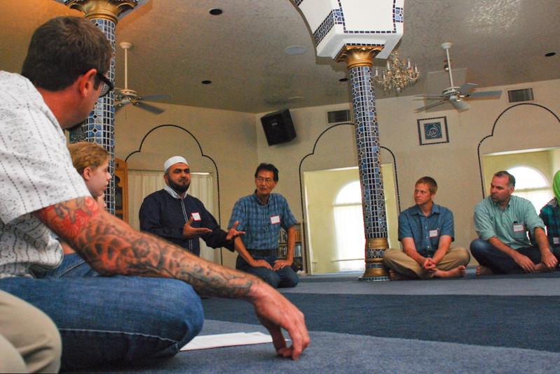 abrahamic-alliance-international-phoenix-2012-04-22_20-48-52-common-word-community-service-richard-l-keeney.jpg