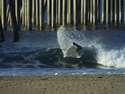 10/28/19 * DAILY SURFING PHOTOS * H.B. PIER