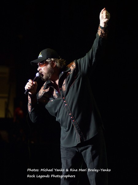 HANK WILLIAMS JR PHOTOS 2013 CONCERT TOUR