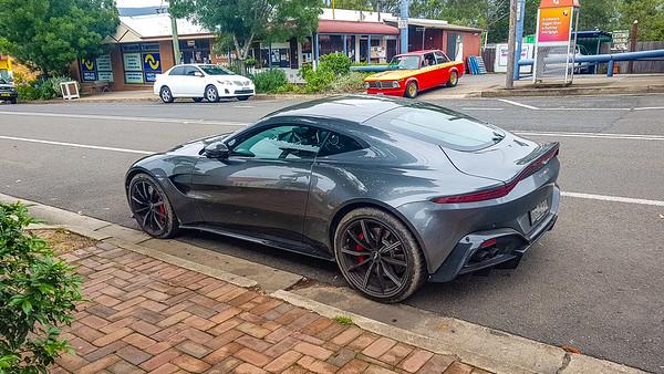 Cars 'n Coffee 2019