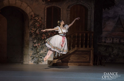 "Moments from ""Coppelia"" - the Vienna Staatsballet"