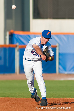 Photo Gallery: UF Baseball vs. UCF 3/8/09