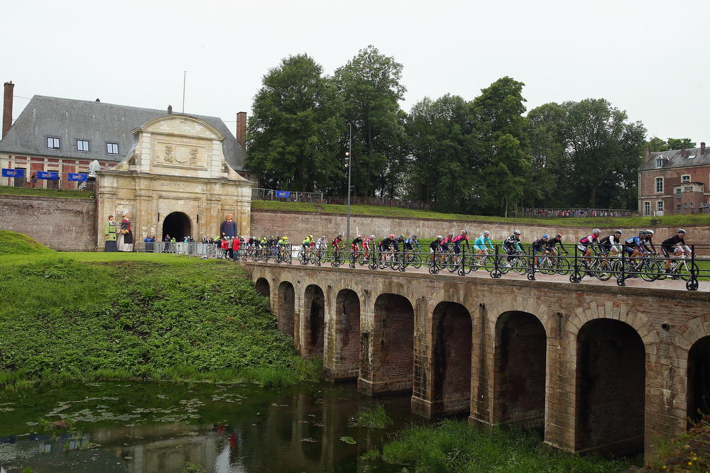 . The peloton exit Arras Citadelle at the start of the sixth stage of the 2014 Tour de France, a 194km stage between Arras and Reims, on July 10, 2014 in Arras, France.  (Photo by Bryn Lennon/Getty Images)