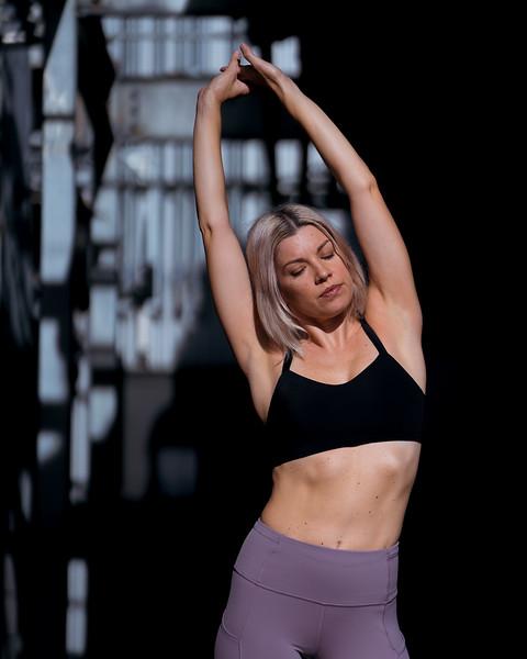 IG - Hawaii - Madeleine Russick - Yoga-1081.jpg