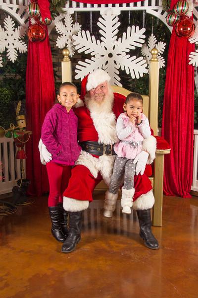 Santa 12-16-17-140.jpg