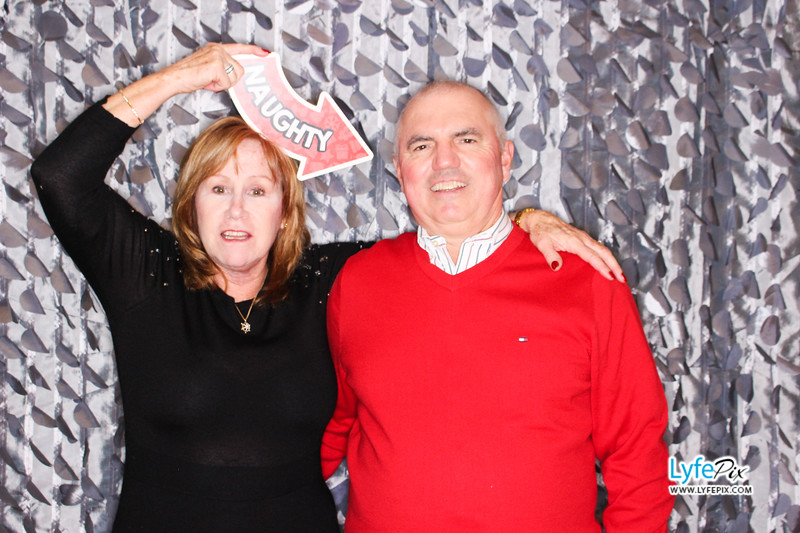 red-hawk-2017-holiday-party-beltsville-maryland-sheraton-photo-booth-0223.jpg