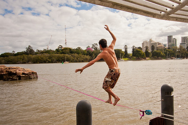 Kangaroo Point Slacklining