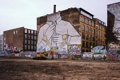 Blu mural Berlin - the end