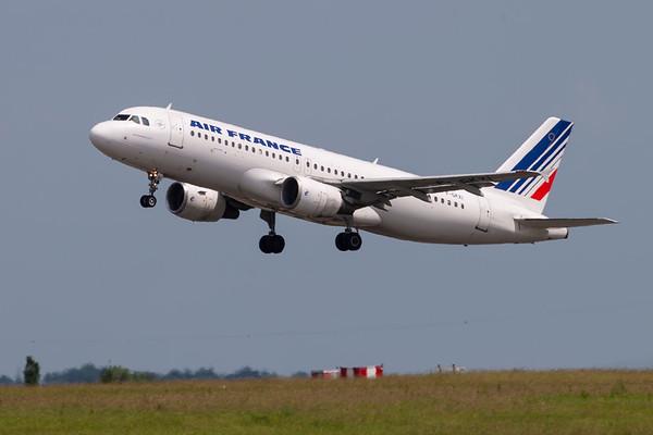 F-GKXI -Airbus A320-214