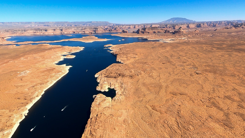 colorado-river-lake-powell-lighthawk-gopro8-card2-99.jpg