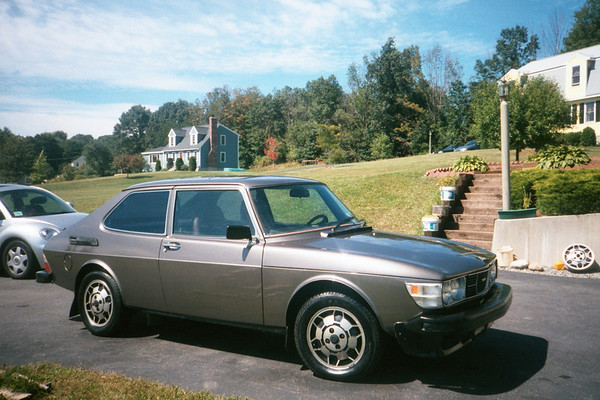 Our former 1978 Saab 99 EMS