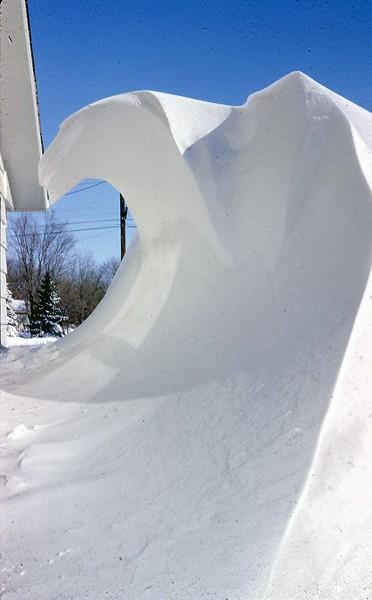 ARS019.  Arthur - Interesting snow bank - Mar 1966.jpg