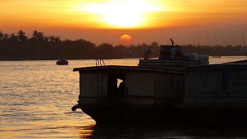 Yangon, Burma - Myanmar-52.jpg
