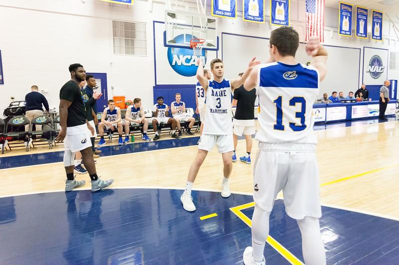 MMA-Mens-Basketball-18-19-II-008.jpg