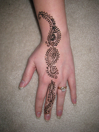 Becky's Creative Side-Henna