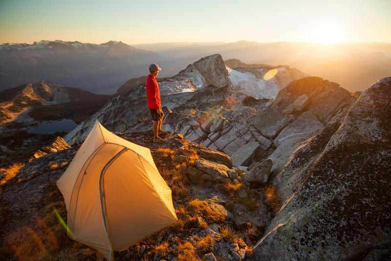 Summit Camping