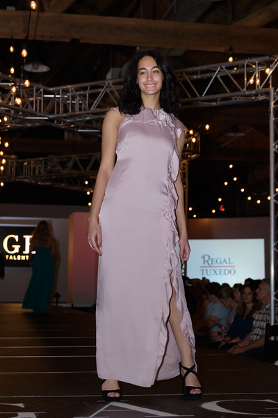 Knoxville Fashion Week Friday-1076.jpg