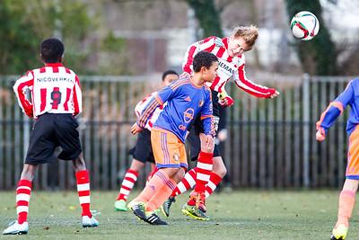Feyenoord D3 - Sparta D3 op varkensoord (12-12-2015)