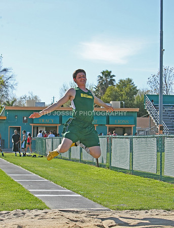 TRACY HIGH TRACK AND FIELD