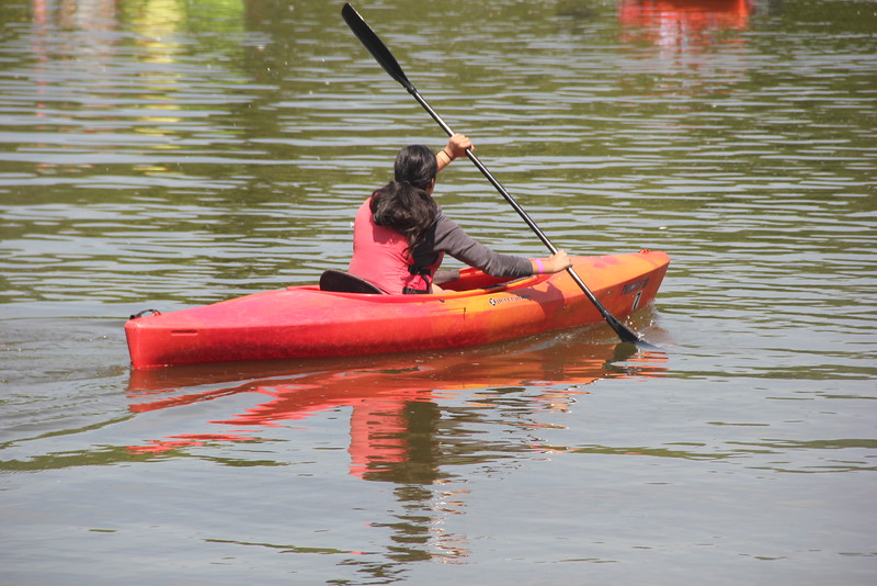 kars4kids_thezone_camp_girlsDivsion_activities_boating (33).JPG