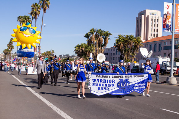 HOLIDAY BOWL PARADE1-0189.jpg