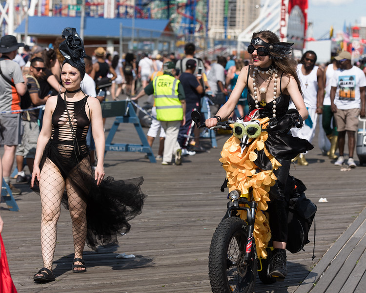 2019-06-22_Mermaid_Parade_0629.jpg