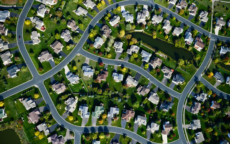. A suburban neighborhood, seen from the air. (Pioneer Press: Ben Garvin)