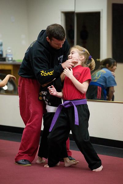 karate-120611-07.jpg