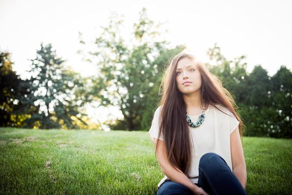Maddi Senior Portraits