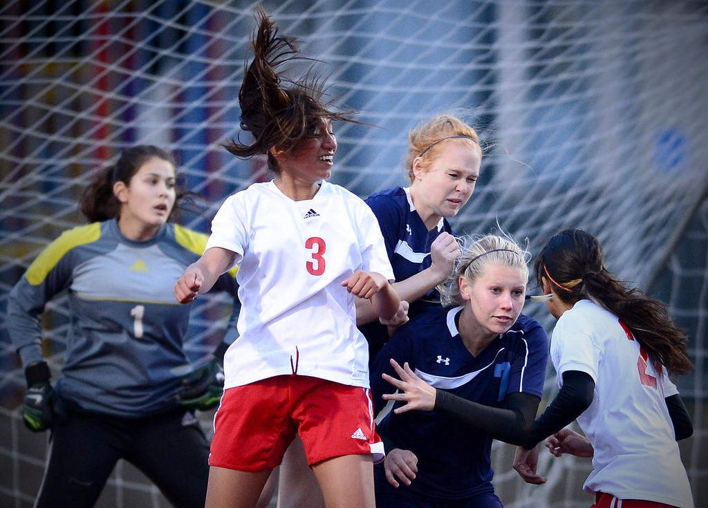 . Sierra Vista plays Camarillo in a quarterfinal game at Sierra Vista High School in Baldwin Park, February 28, 2014. (Photo by Sarah Reingewirtz/Pasadena Star-News)