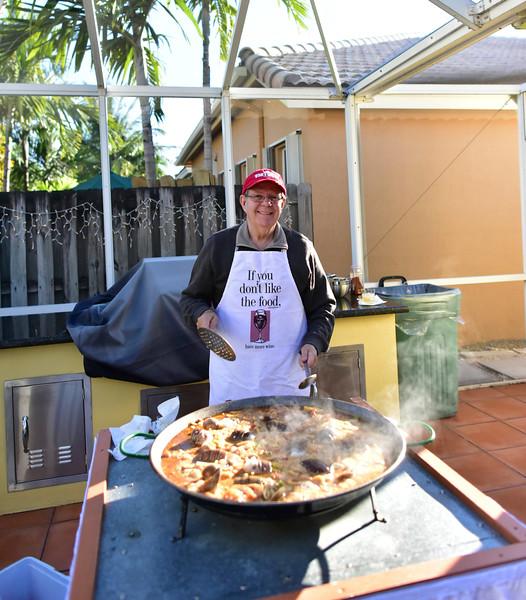 Roberto Paella Chef