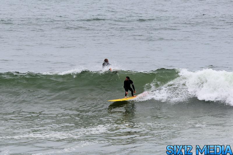 Gladstones Surf-05.jpg