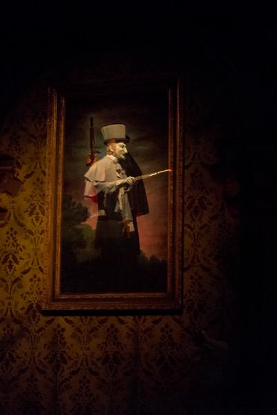 Haunted Mansion Duel - Magic Kingdom Walt Disney World