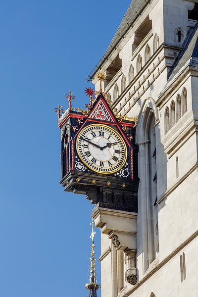 Law Courts Clock1.jpg