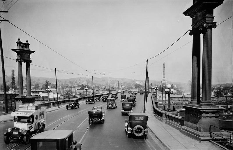 1924, North Broadway Street Bridge