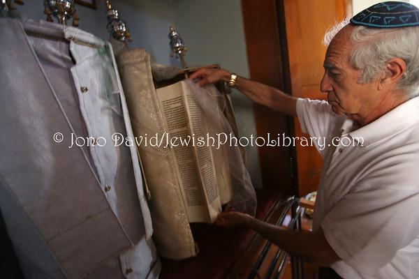 """ERITREA, Asmara. Sami Cohen, """"The Last Jew of Eritrea"""" (3.2015)"""