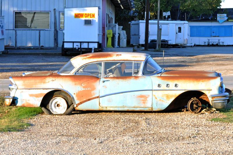 57 Buick 009.jpg