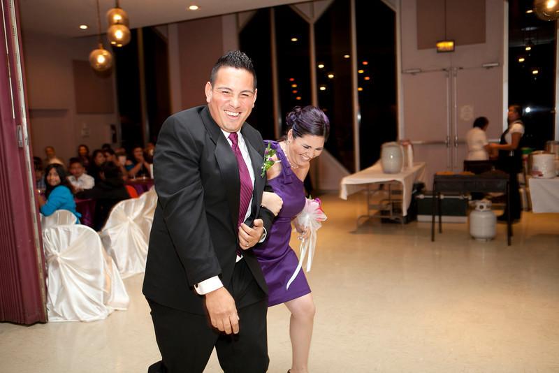 2011-11-11-Servante-Wedding-330.JPG