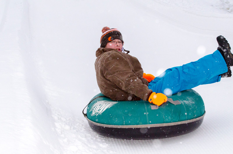 Opening-Day-Tubing-2014_Snow-Trails-71044.jpg